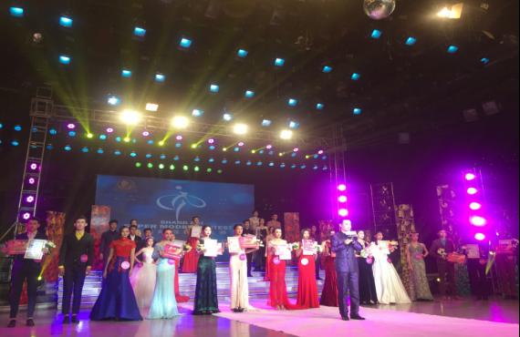 国际知名造型师小乐出席上海超模大赛